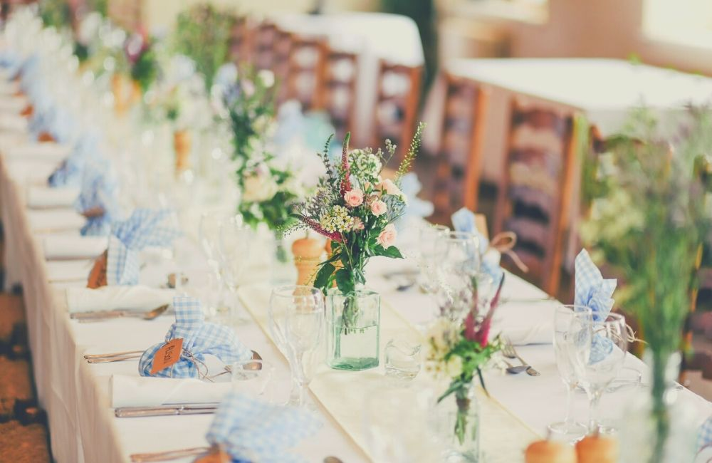 Tips For Beautiful wedding tables Decorations