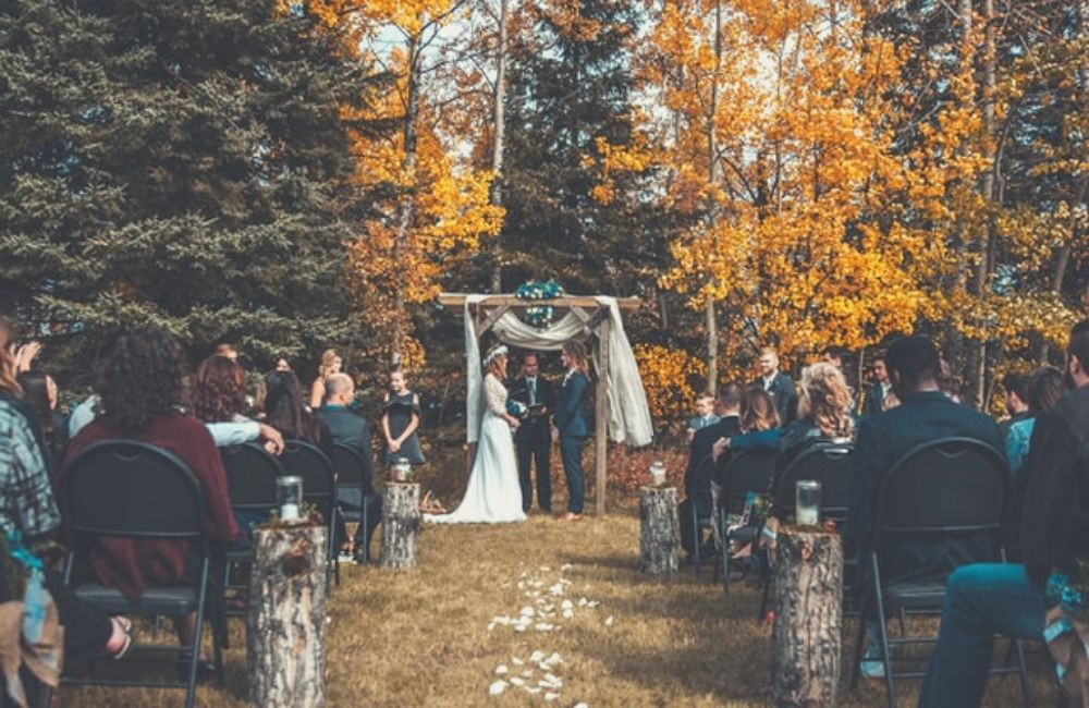 Outdoor Fall Wedding Aisle Decorations