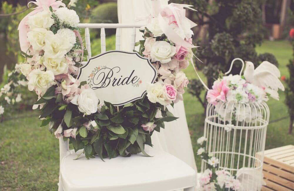 10 Unique Ideas for Bride and Groom Chair Signs